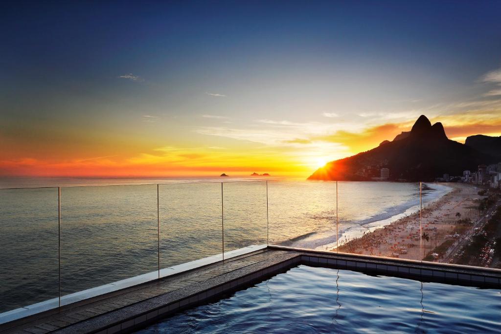Bazén v ubytování Sol Ipanema Hotel nebo v jeho okolí