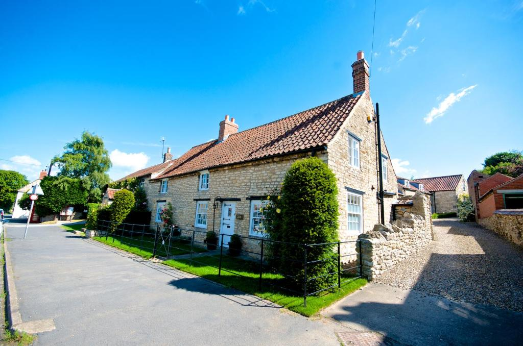 Stunning Yew Tree Cottage in Westow, North Yorkshire, England