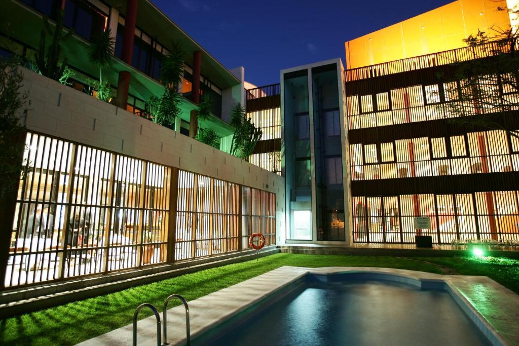 The swimming pool at or near Hotel Escuela Santa Cruz
