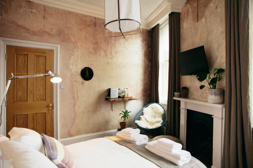A room at The Culpepper Bedooms.