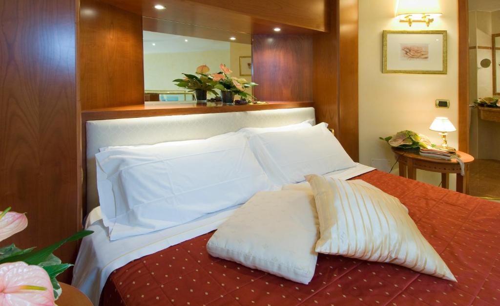 As Hotel Monza - Laterooms