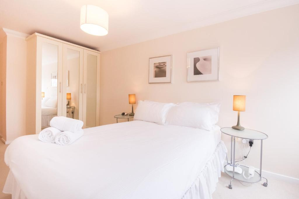Town or Country - Central Park - Laterooms