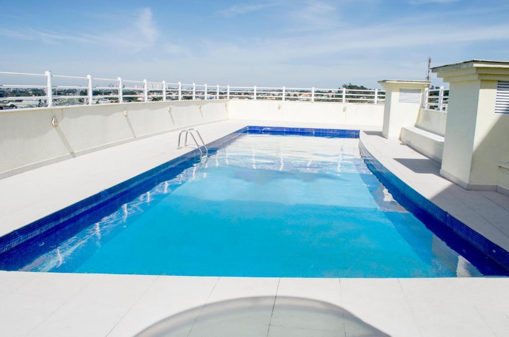 A piscina localizada em Hotel Dunamys ou nos arredores