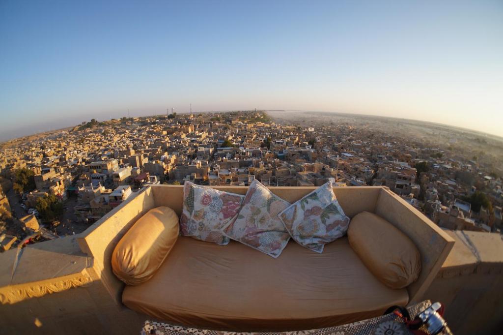 A bird's-eye view of Hotel Garh Jaisal Haveli