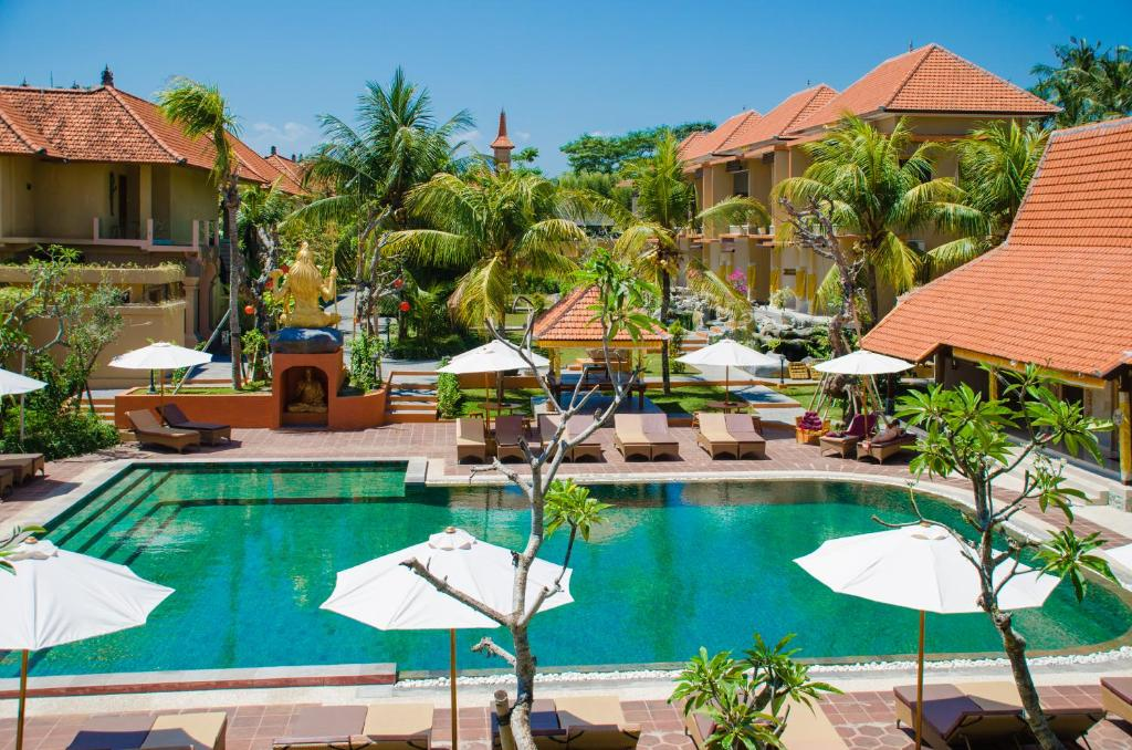 المسبح في فندق ومطعم جرين فيلد أو بالجوار