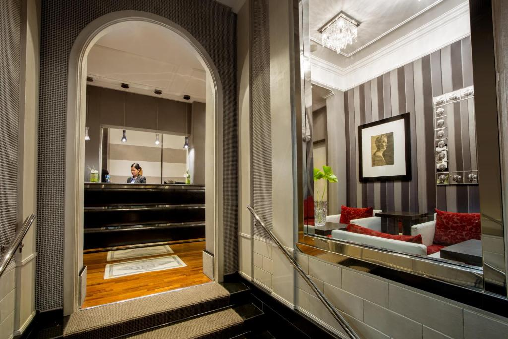 Hotel Royal Court - Laterooms