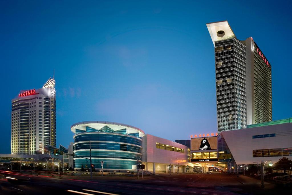 Caesars Windsor Hotel And Casino Canada Booking Com