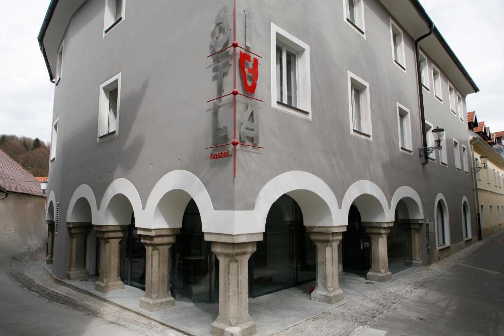 Bygningen som vandrerhjemmet ligger i