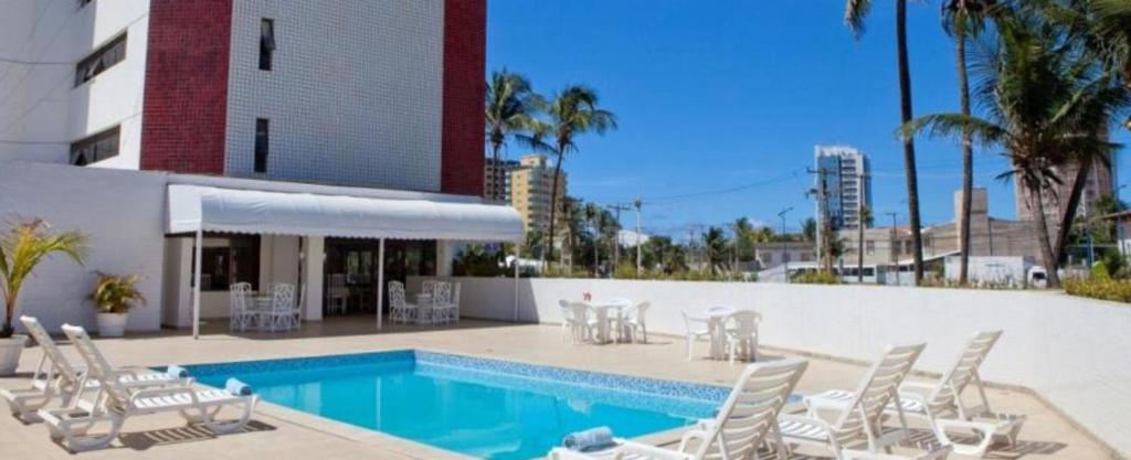 Бассейн в Salvador Mar Hotel или поблизости