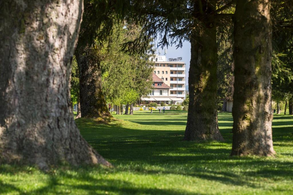 Сад в Aarau West Swiss Quality Hotel