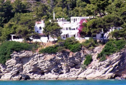Άποψη από ψηλά του Agistri Club Hotel