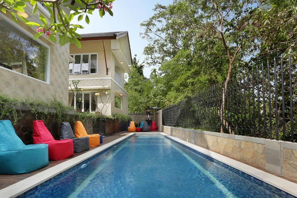 The swimming pool at or close to Askara Canggu Townhouse