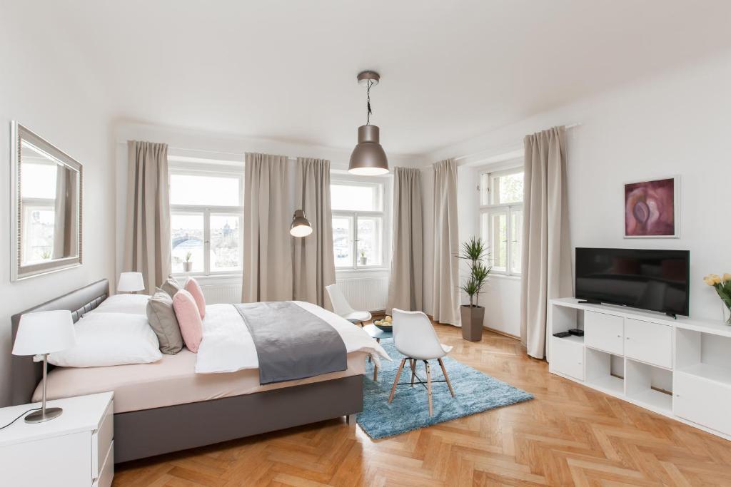 TV o dispositivi per l'intrattenimento presso Prague Center Apartments
