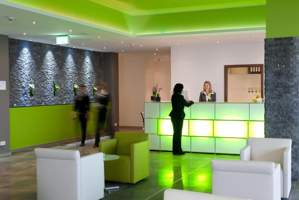 The lobby or reception area at Panorama Hotel Schweinfurt