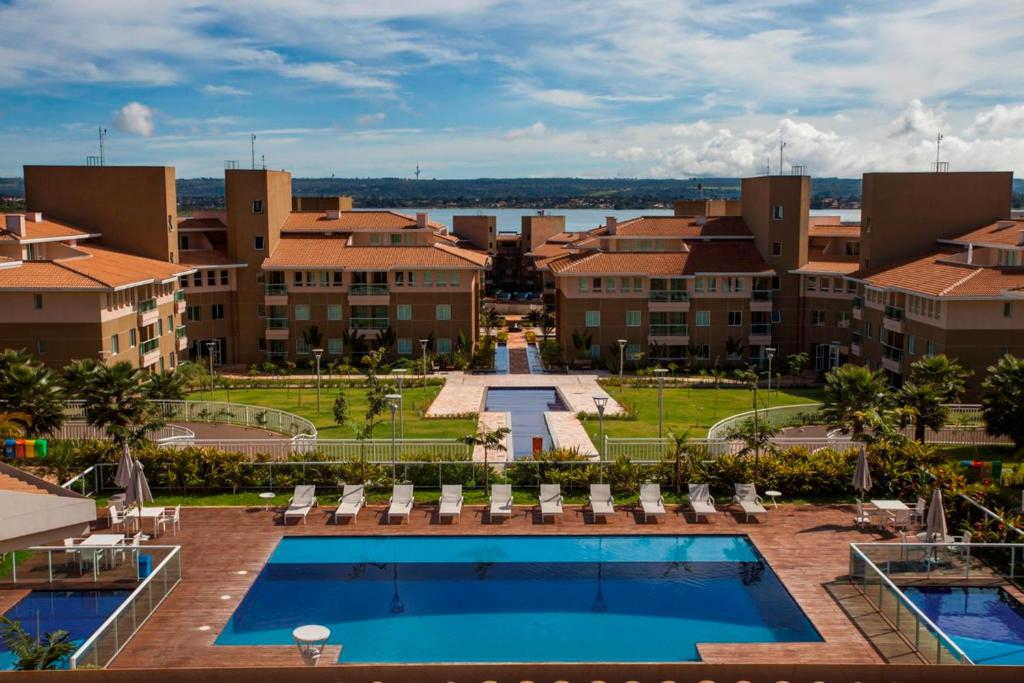 A view of the pool at Hotel The Sun or nearby