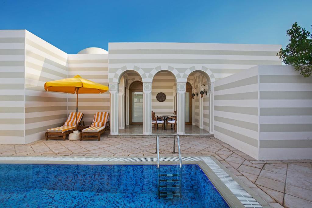 Гранд-люкс з приватним басейном: фотографія №3