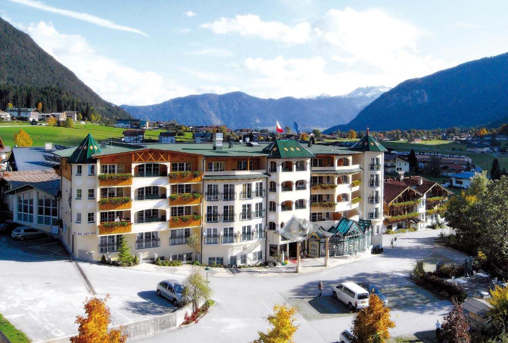 Hotel Vier Jahreszeiten Maurach, Austria