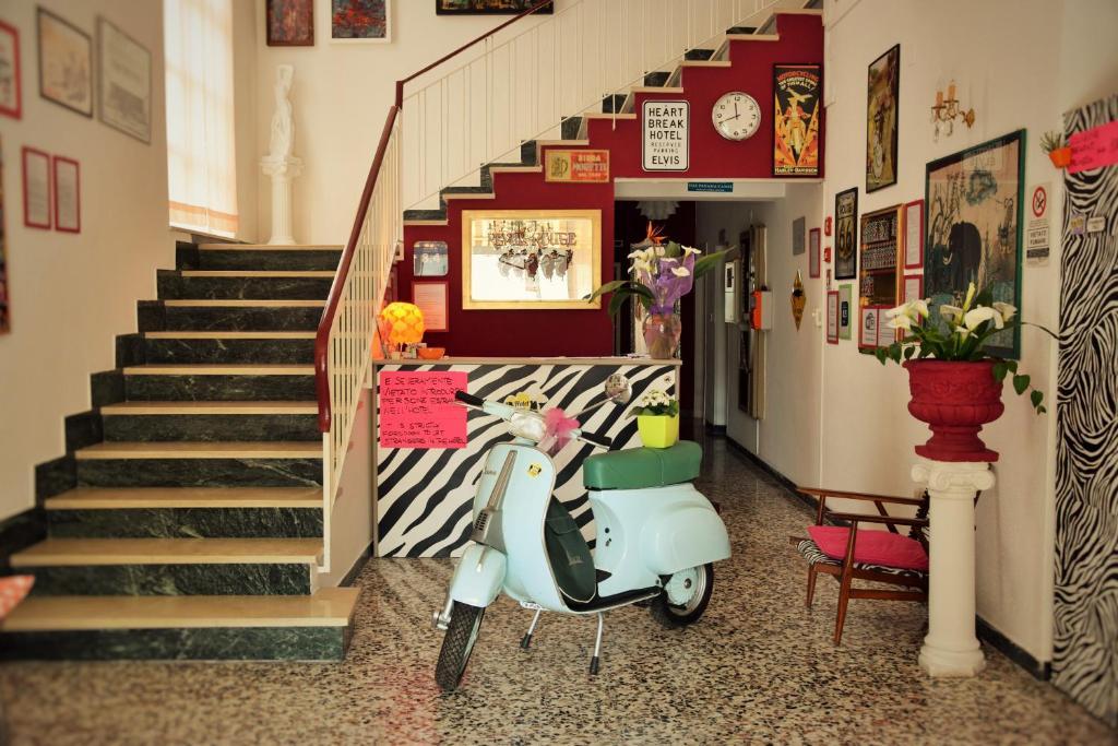 Лобби или стойка регистрации в Hotel Villa Elia