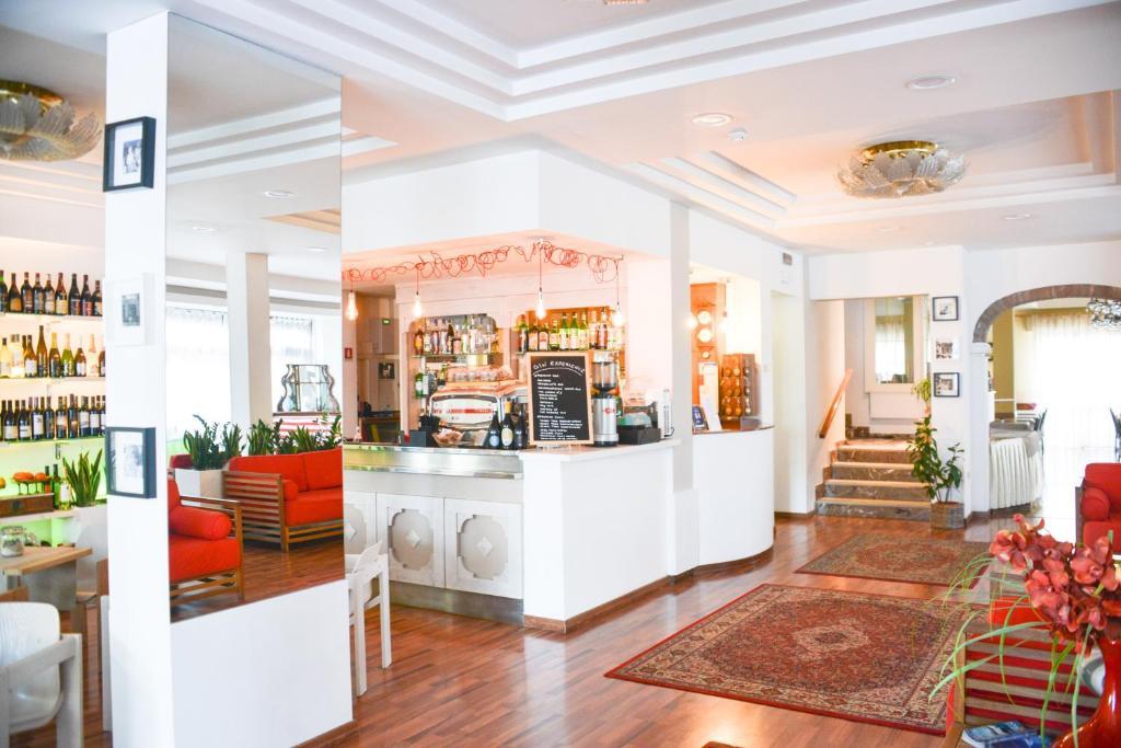 Hotel Vergilius Riccione, Italy
