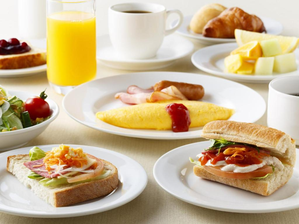 Breakfast options available to guests at Omori Tokyu REI Hotel
