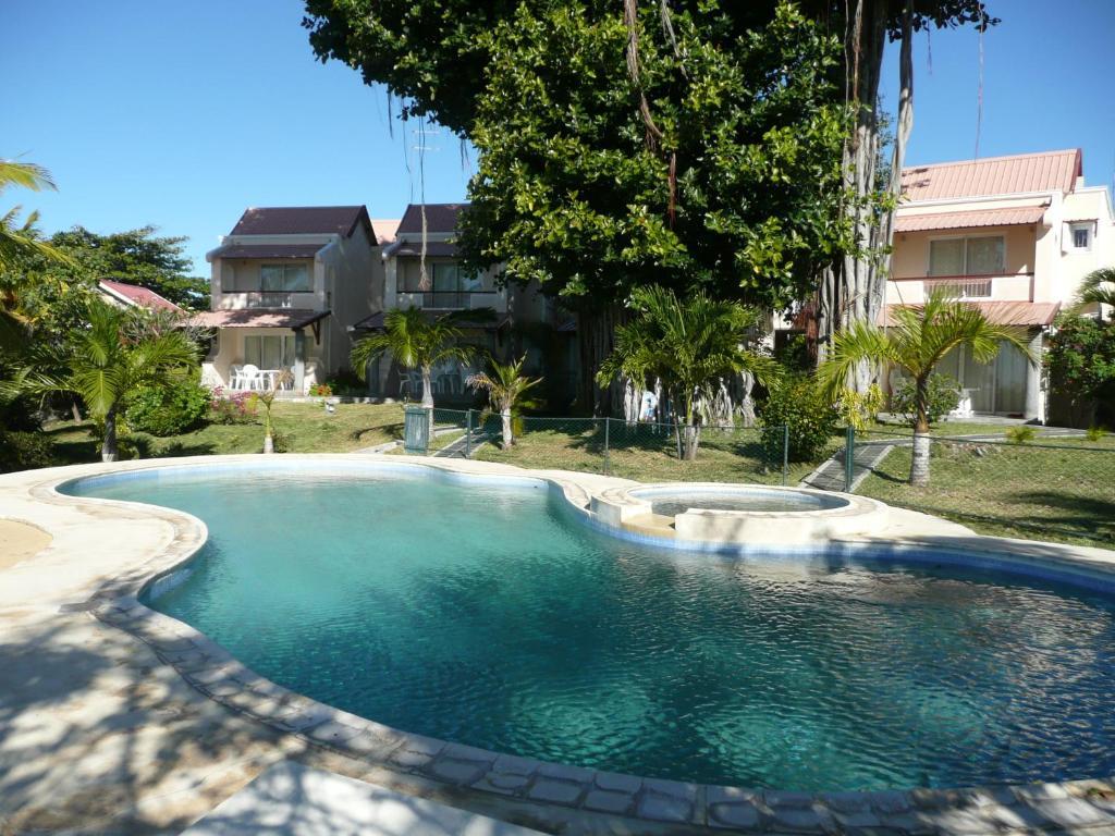 The swimming pool at or near Villas Banyan