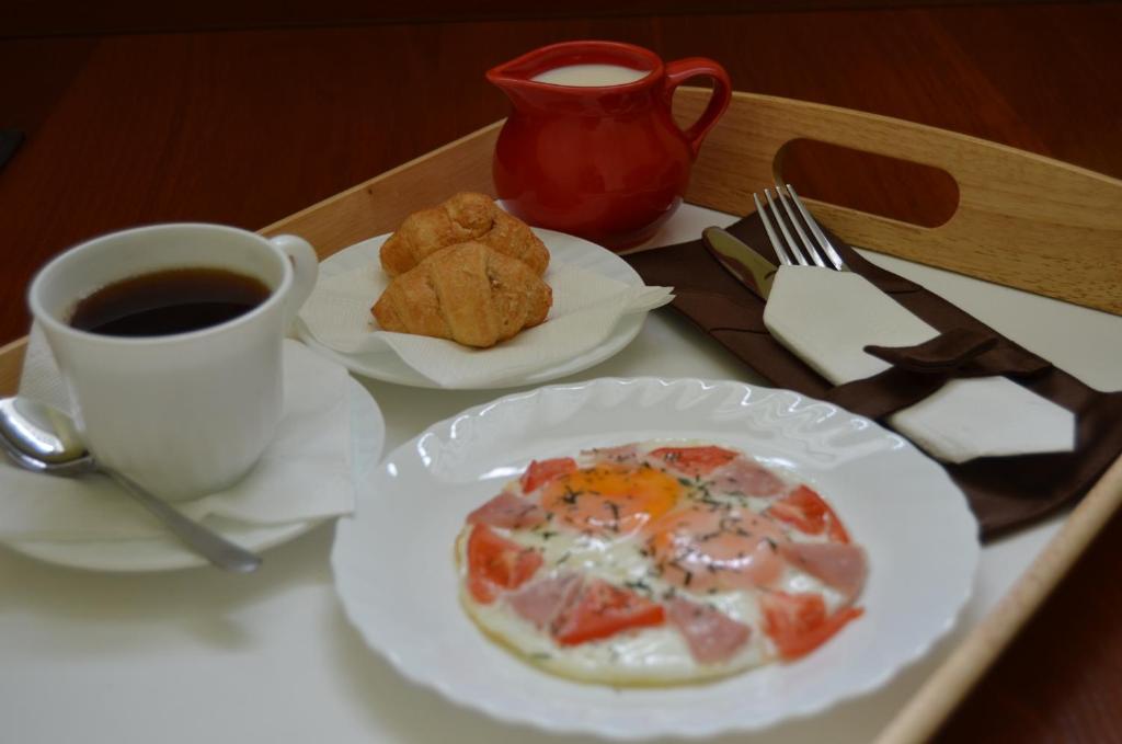 Завтрак для гостей На Высоте Отель