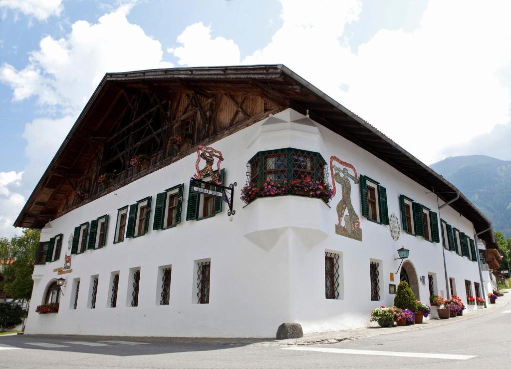 """Landgasthof '""""Wilder Mann'"""" Innsbruck, Austria"""