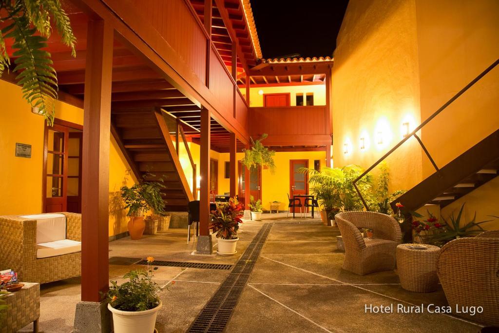 El vestíbulo o zona de recepción de Hotel Rural Casa Lugo