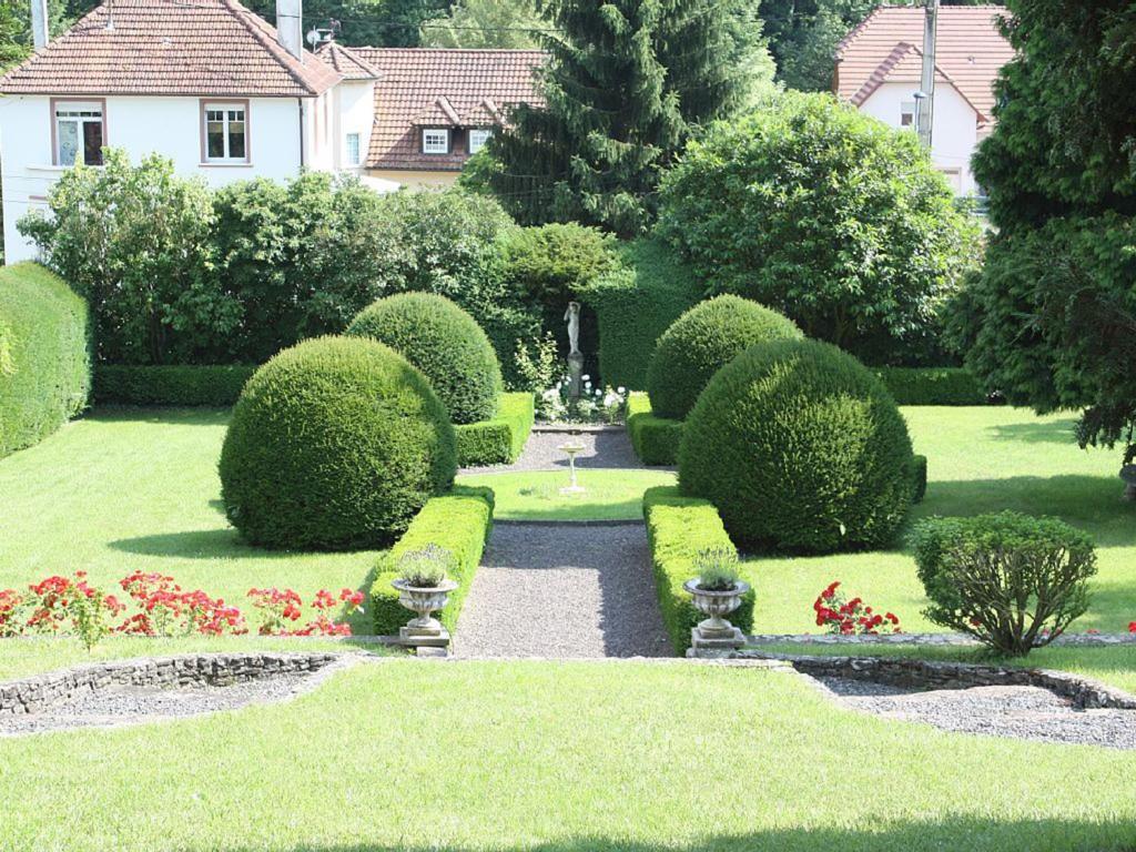 "Jardin de l'établissement Romantik-Ferienhaus ""Villa Alfredshöhe"""