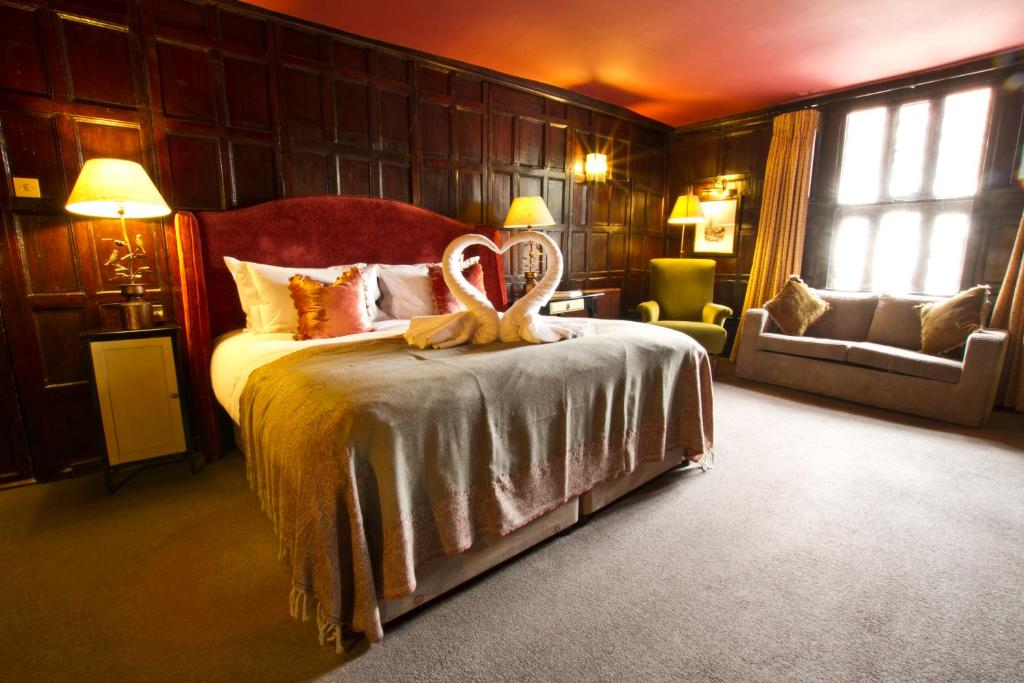 The Chapter House - Laterooms