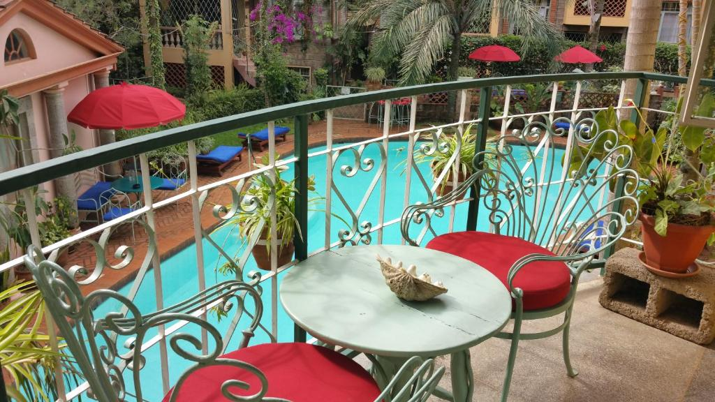 A view of the pool at Woodmere Serviced Apartment or nearby