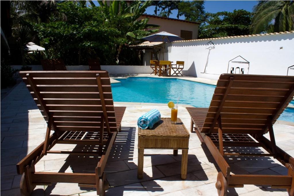 The swimming pool at or near Pousada do Tesouro