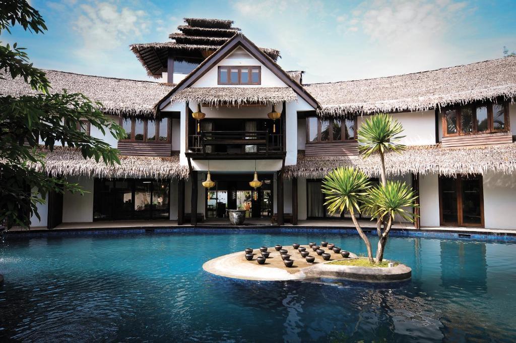 The swimming pool at or close to Villa Samadhi Kuala Lumpur - By Samadhi