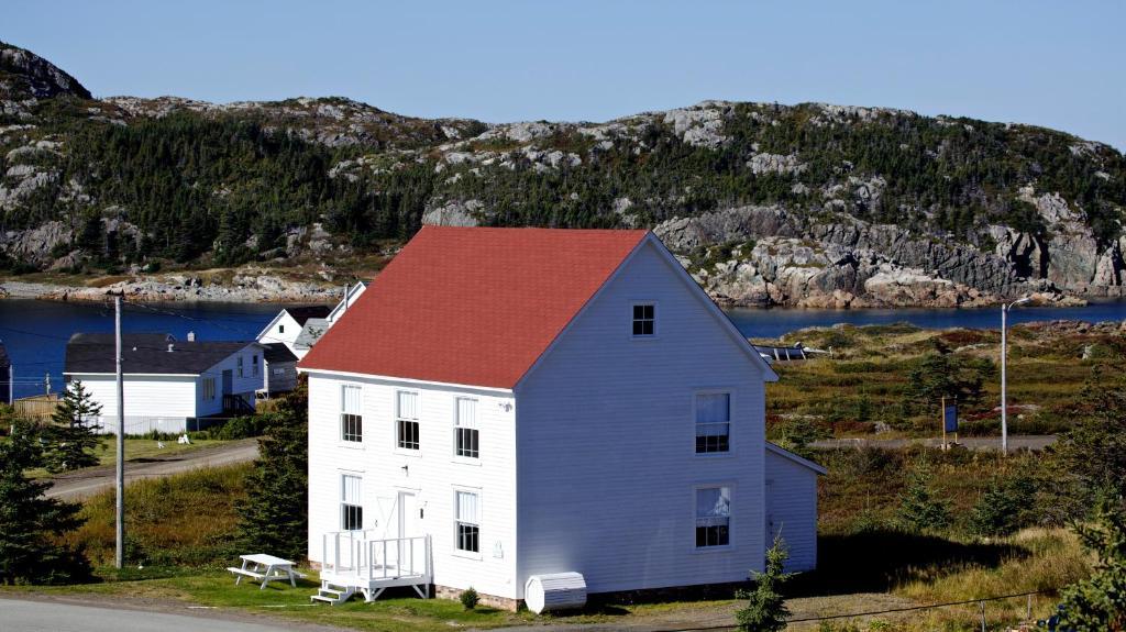 The Old Salt Box Co. - Evelyn