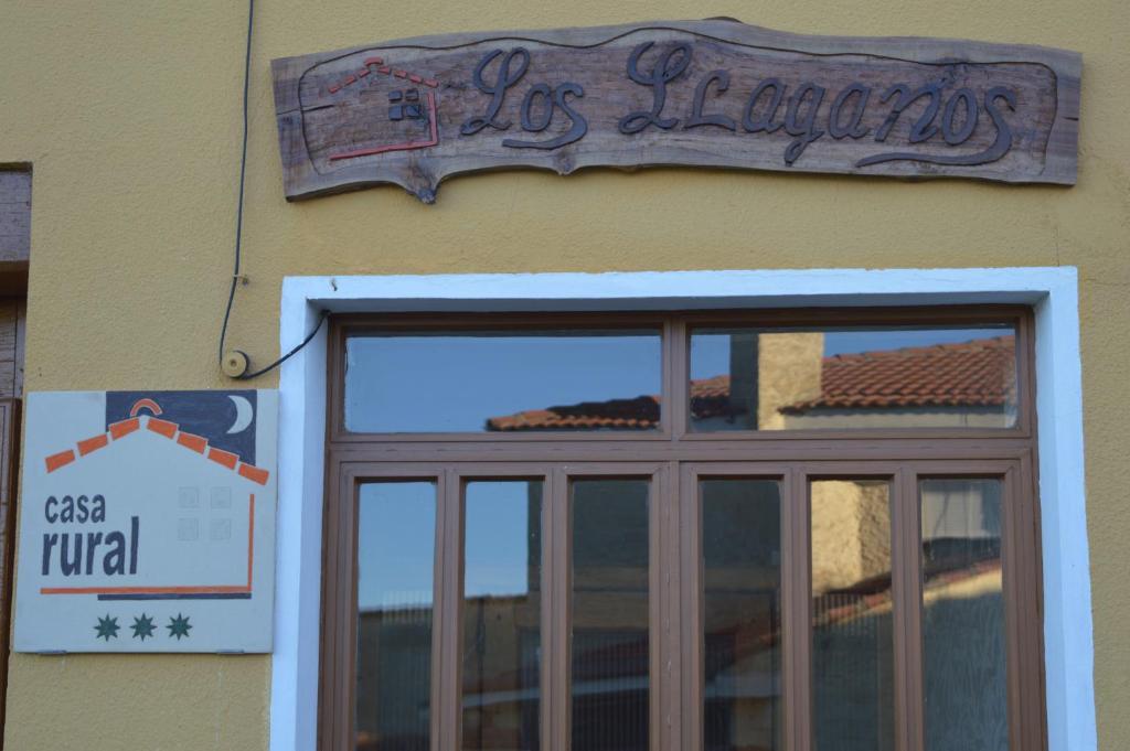Fachada o entrada de Casa Rural Los Lláganos