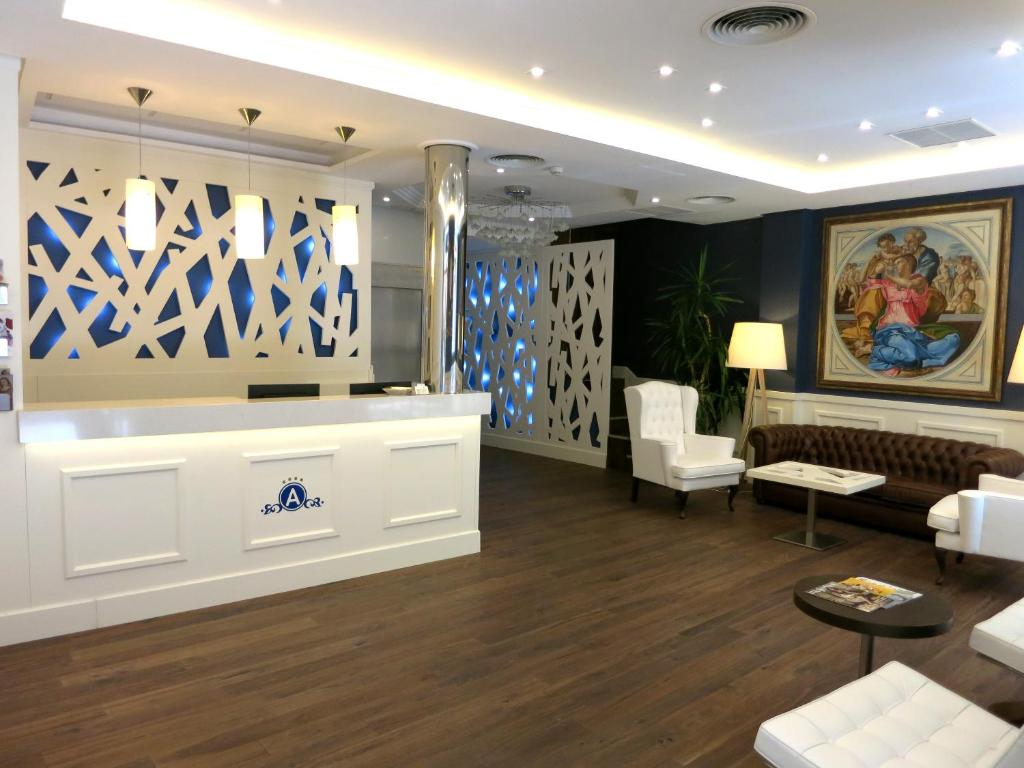 The lobby or reception area at Hotel Boutique Atrio