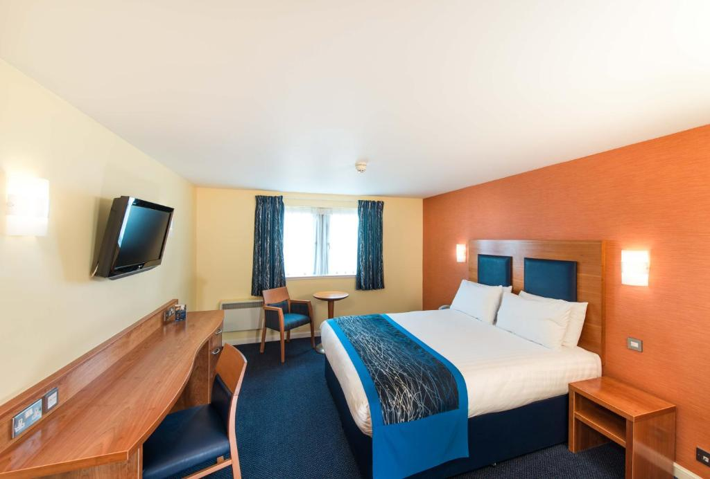 A room at Leonardo Inn Aberdeen Airport