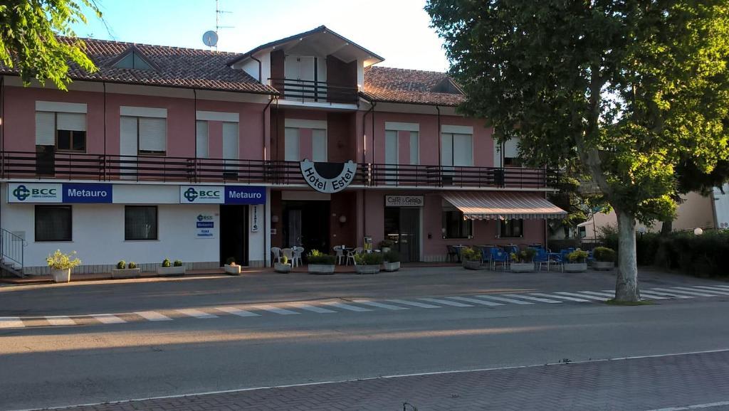 Albergo Ester Piandimeleto, Italy