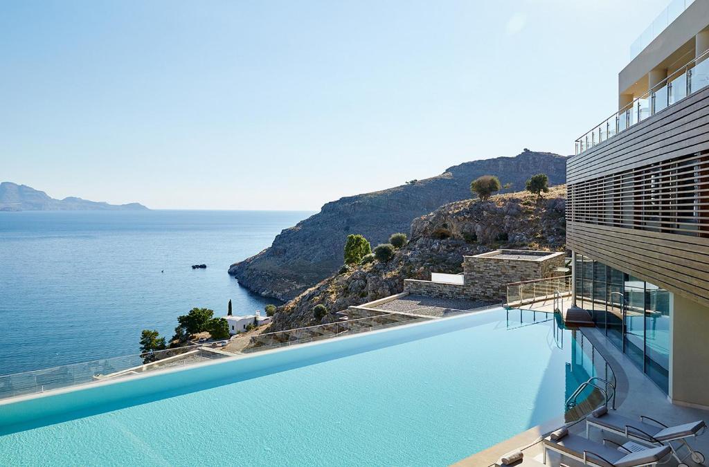 Basen w obiekcie Lindos Blu Luxury Hotel-Adults only lub w pobliżu