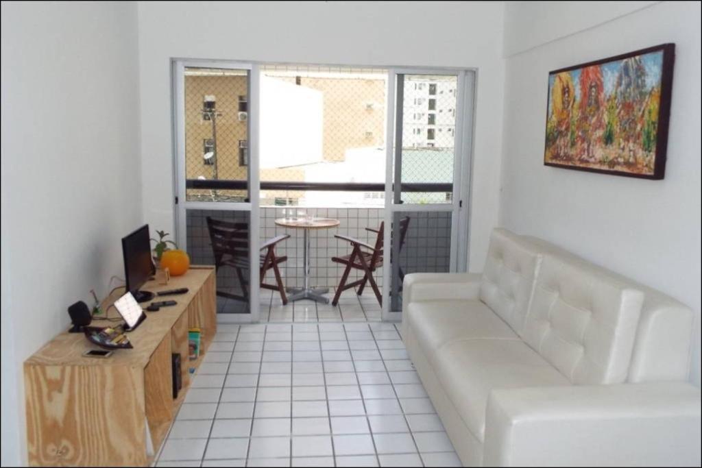 A seating area at Apartamento Sa e Souza