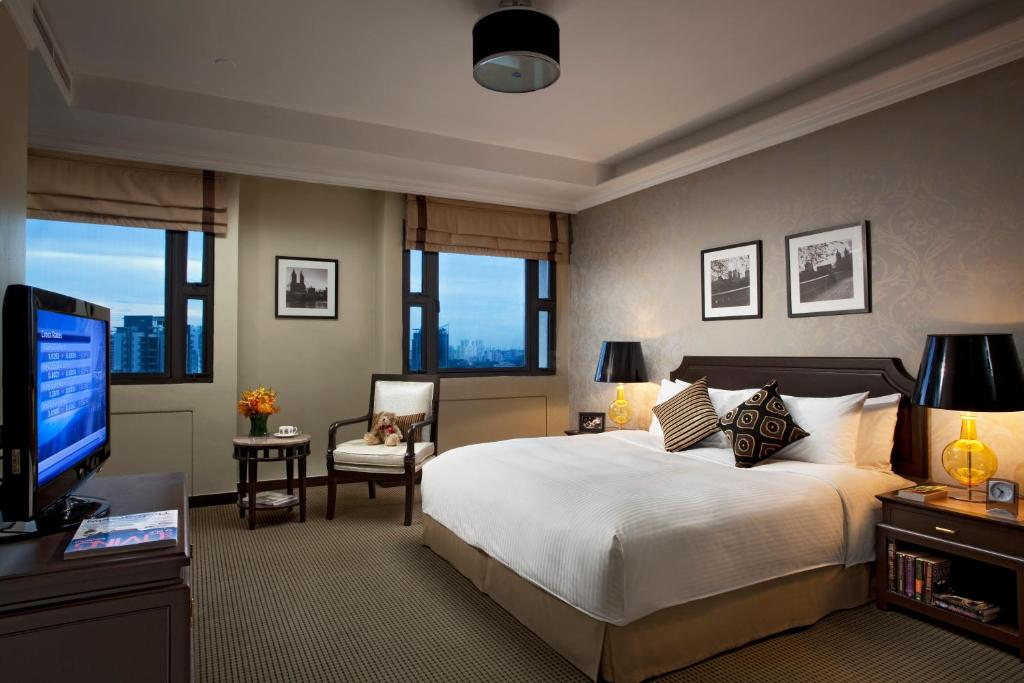 A room at Orchard Parksuites by Far East Hospitality