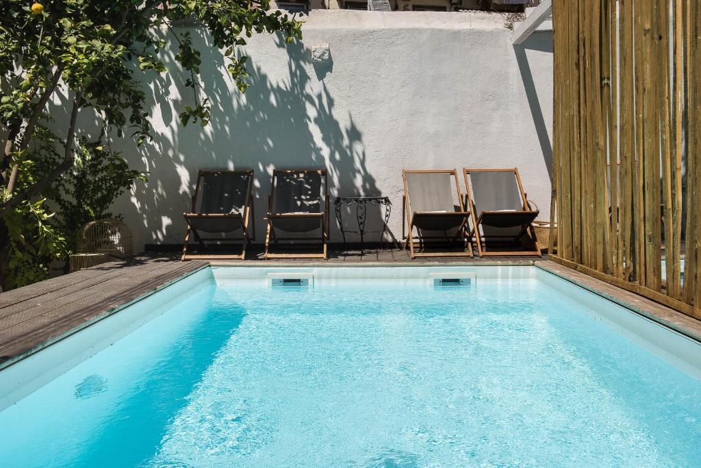 The swimming pool at or near Casa do Barao