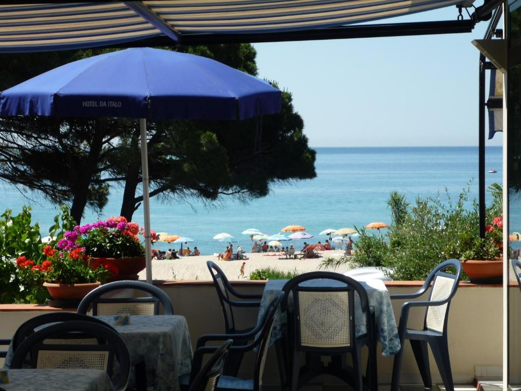 A restaurant or other place to eat at Hotel Da Italo