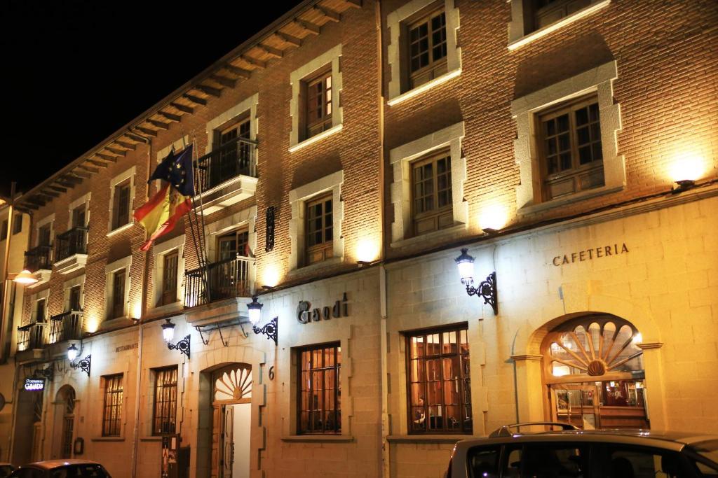 Hotel Gaudi - Laterooms