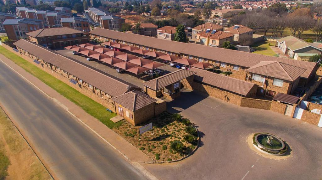 A bird's-eye view of Rudman Townhouses - OR Tambo Airport