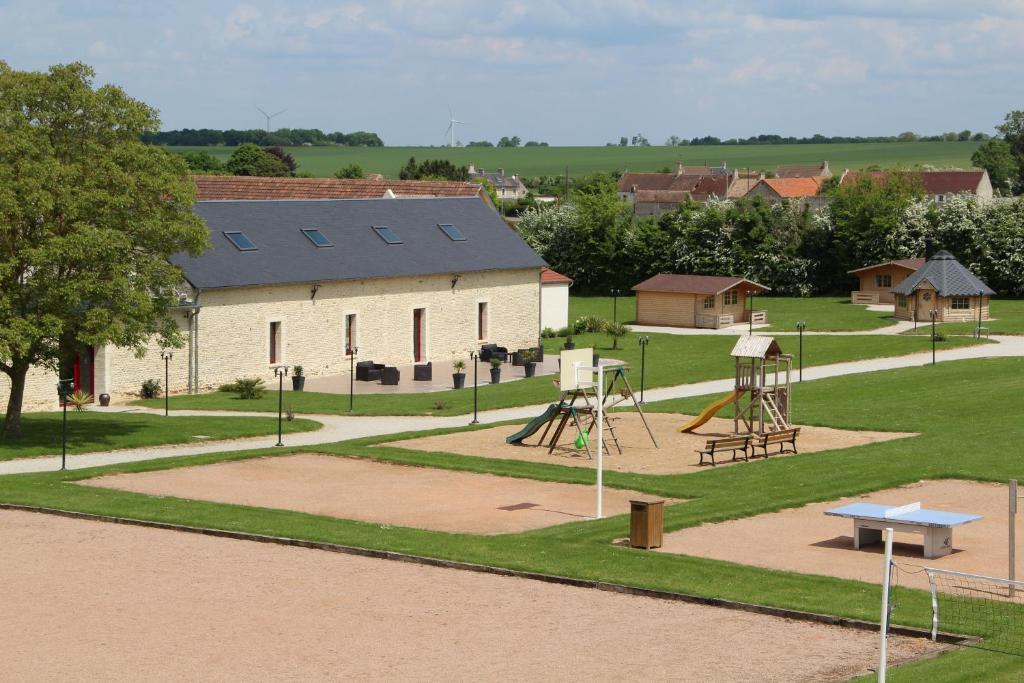 Piscine de l'établissement Domaine De Soignolles ou située à proximité