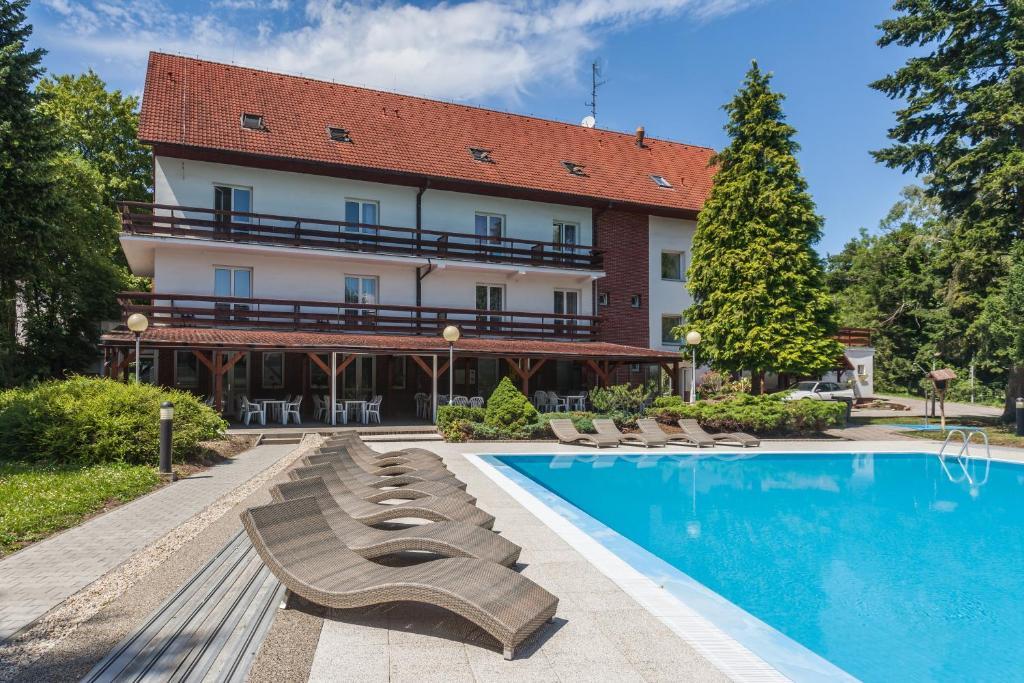 Dependance Hotel pod Lipou Modra, Slovakia