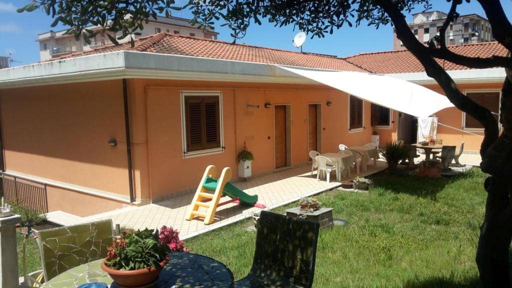 A porch or other outdoor area at Appartamenti Sole Mare Agropoli