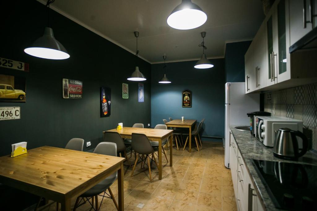 Ресторан / где поесть в Brusnika Hostel