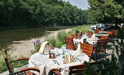 Restaurant ou autre lieu de restauration dans l'établissement Hôtel/Restaurant à la Ferme